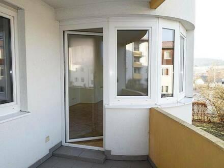 Gut geschnittene Wohnung mit schönem Außenbereich