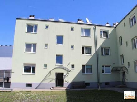 zentral gelegen und gut geschnitten - 2 Zimmer Eigentumswohnung im Hochparterre