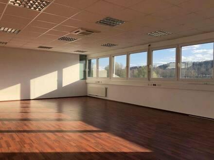 PROVISIONSFREI! Hochmodernes, neuwertiges Büro im Business-Point Gleisdorf-Süd