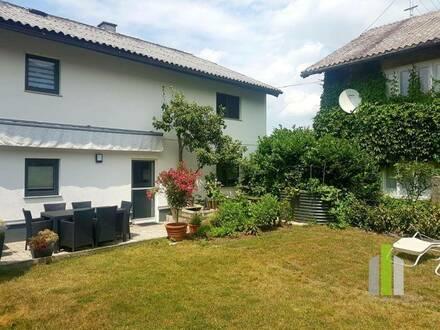 Gemütliche Wohnung mit eigenem kleinen Garten und Terrasse im Herzen von Altheim - beste Lage