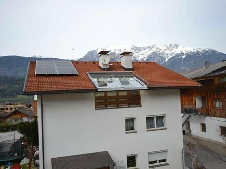 In Weer - Dachgeschosswohnung / Home Office für ruhige Mieter