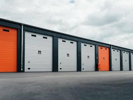 Moderne 28-112m² Garagen & Lagerräume zu vermieten mit Strom | Jederzeit kündbar