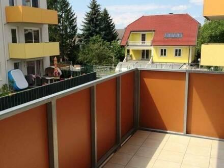 Modern & hell 3-Zimmer Balkonwohnung