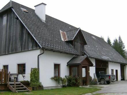 Perfekte Wohnung in einem Gutshof im Weißenbachertal
