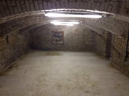 Lager im Keller zu verkaufen - Gymnasiumstraße