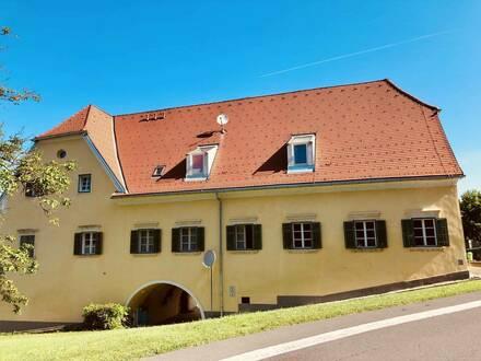 2-Zimmer Genossenschaftswohnung mit zusätzlicher Galerie - provisionsfrei