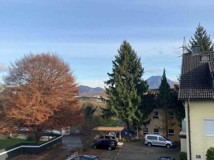 2 Zimmer DG Wohnung in Salzburg Liefering