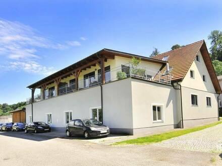 Werkstatt mit Carports in Steyr Unterhimmel zu mieten!