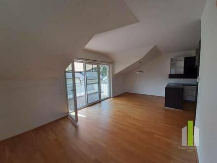 Elixhausen - Herrliche 4-Zimmer-Terrassenwohnung in absoluter Grünruhelage