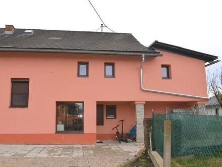 Stallhofen nahe Mooskirchen, renovierungsbedürftiges Einfamilienhaus inkl. Nebengebäude mit Einlegerwohnung , Grund mit…