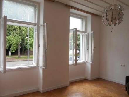Büro/ Studio/ Praxis Bestlage Peter-Tunner Park  nahe Hauptplatz Altbau im HP 3ZI Loggia