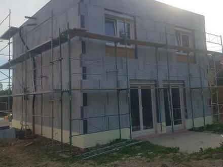 Neubau modernes / ökologisches Haus in Ortszentrum in ruhiger Lage