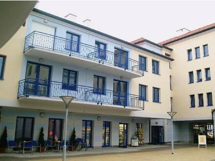 Schöne 2 Zimmer Wohnung mit großer Terrasse