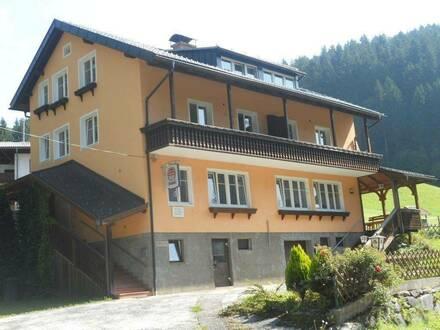 Mietwohnhaus in ländlicher Lage 4 Ferienwohnungen und ein 127 m² Gastlokal