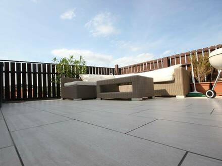 Lichtdurchflutete ca. 83 m² Wohnung mit großer Terrasse