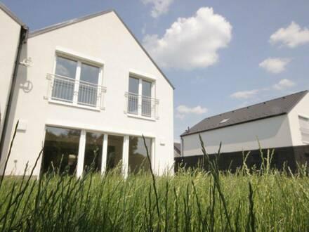 ERSTBEZUG: Schlüsselfertige Doppelhaushälfte mit KAUFOPTION