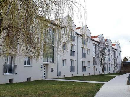 Großweikersdorf. 3 Zimmer Mietwohnung   Balkon.