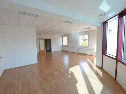 8071 Hausmannstätten: Helle attraktive Bürofläche