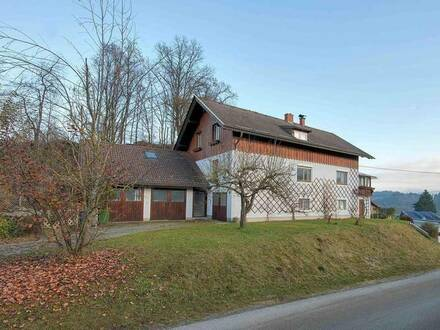Mehrfamilienhaus mit Panoramablick