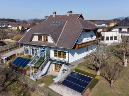 Wellness-Oase inklusive Hallenbad in Form eines Ein-/Mehrfamilienhauses in Grafenstein