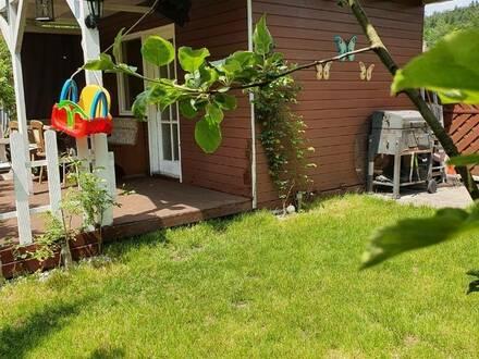 Schöne Eigentumswohnung mit Gartenhaus in Attnang Puchheim!