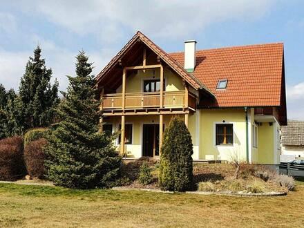 Urlaubsfeeling im eigenen Heim: 200 m² Einfamilienhaus in Heiligenbrunn