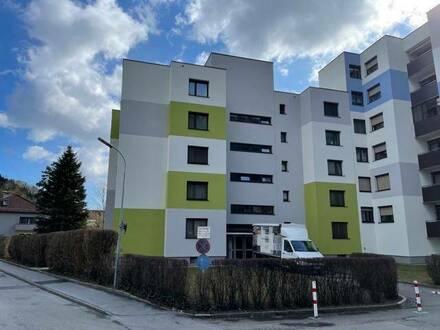 Kapfenberg Karl Schöberl Hof gepflegte 3 Zimmerwohnung mit Loggia und PKW Abstellplatz