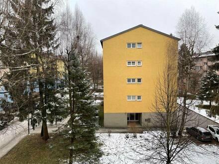 top Zustand! sonnige 4 Zimmer Wohnung mit Balkon in Hernau Salzburg Stadt