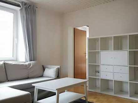Möblierte 2-Zimmer-Wohnung mit EBK, saniert, zentral und ruhig
