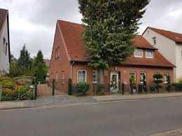 Großzügige 2-Zimmer-Wohnung in Groß-Buchholz