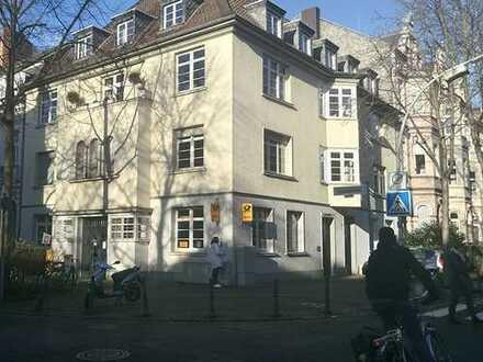 Erdgeschoß- Immobilie, absolut ebenerdig und barrierefrei, in exponierter Lage der Bonner Südstadt