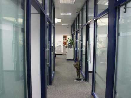 Großzügiges Ladenbüro in zentraler Lage zu vermieten
