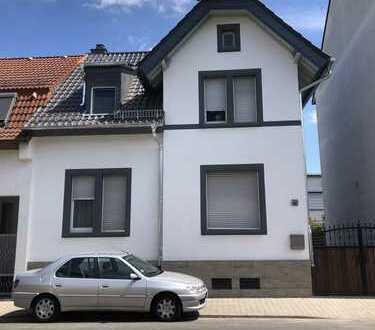 Schönes Haus mit drei Zimmern in Offenbach (Kreis), Dreieich