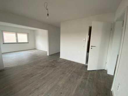 Erstbezug nach Sanierung: stilvolle 4-Zimmer-Wohnung mit Balkon in Bönnigheim