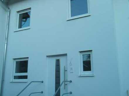 Schönes Haus mit fünf Zimmern in Karlsruhe (Kreis), Forst