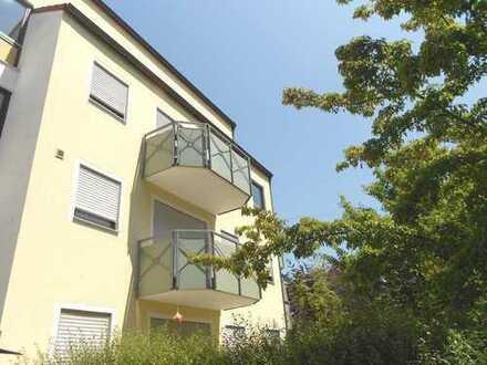Komfortable, ruhige Wohnung mit Südbalkon NEU SANIERT
