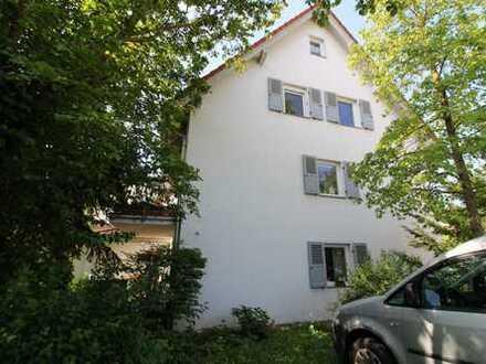 Ein Traum auf über 160 m²..... 5-Zimmer-Maisonettewohnung mit 2 Balkonen und Gartenanteil