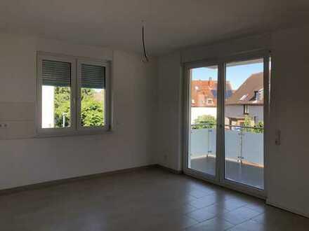 Erstbezug mit Balkon: attraktive 3-Zimmer-Wohnung in Bruchköbel