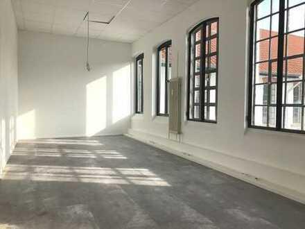 Renovierte Bürofläche mit Loftcharakter im Gewerbepark Rosdorf