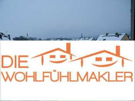 Verbraucherfreundlicher Energiebedarf! 3 Zimmer Wohnung mit Küche, Bad/WC im ersten Obergeschoß