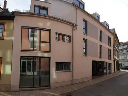 Maßgeschneiderte Zweizimmerwohnung in TOP-Lage der Erfurter Altstadt, inkl. Pkw-Stellplatz !!!