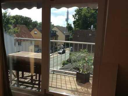 Sanierte 6-Zimmer-Maisonette-Wohnung mit Balkon und EBK in Hannover