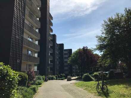 Helle 3-Zimmer Wohnung mit Balkon im Stadtteil Cronenberg. Mit WBS!