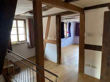 Moderne, liebevoll sanierte Fachwerkwohnung mit 3,5 Zimmern