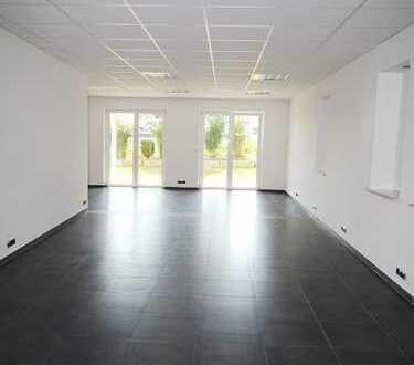 Individuell nutzbare Gewerbefläche Nähe Deggendorf! Büro, Ausstellung, Laden usw.