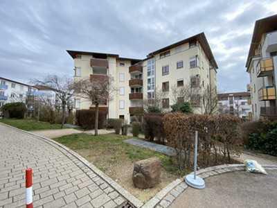 Schöne 3-Zimmer-Wohnung mit Balkon und Tiefgarage in Plochingen zu vermieten