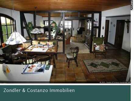 EFH in beliebter Lage * gut ausgestattet * EBK * 2 TL-Bäder * Balkon * Terrasse * 1 Garage + 1 Stpl.