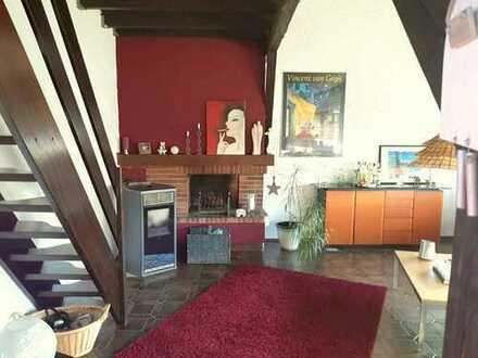 Großzügig aufgeteilte, schöne Wohnung mit große Dachterrasse