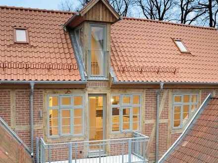 Altstadt: Exklusive 3 Zimmer Maisonettewohnung mit Galerie und Balkon!