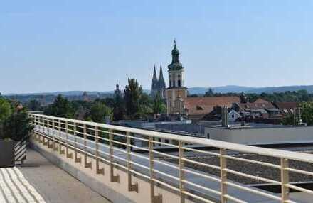 **Lichtdurchflutete Penthousewohnung mit gigantischem Blick über Regensburg**
